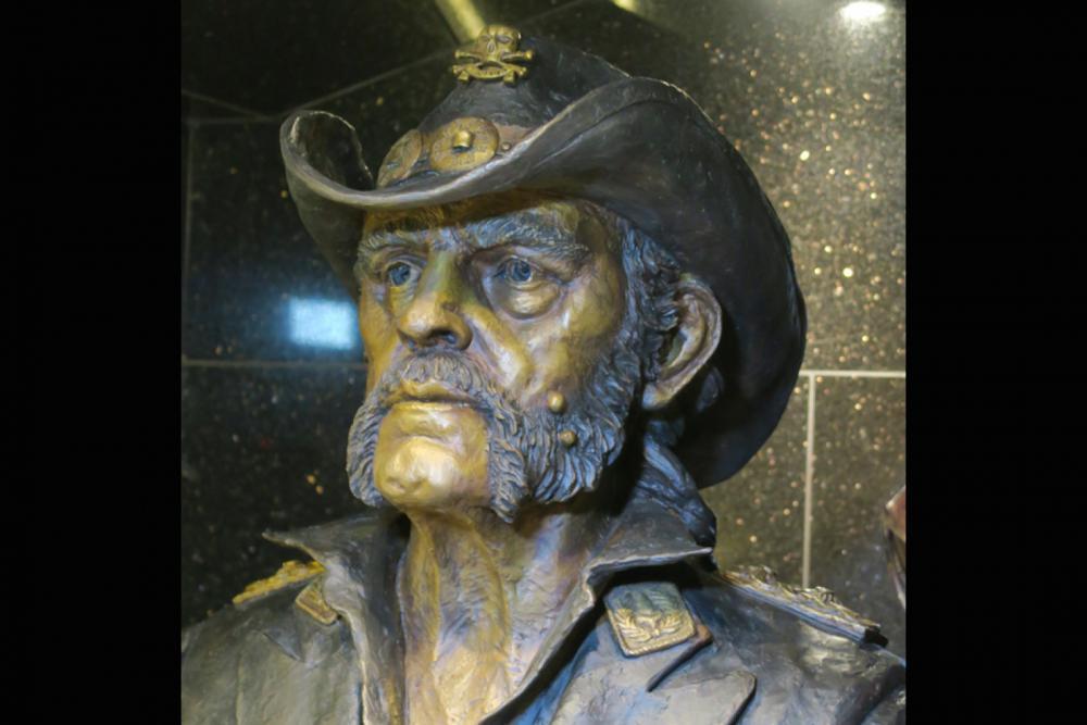 Lemmy-Statue.jpg