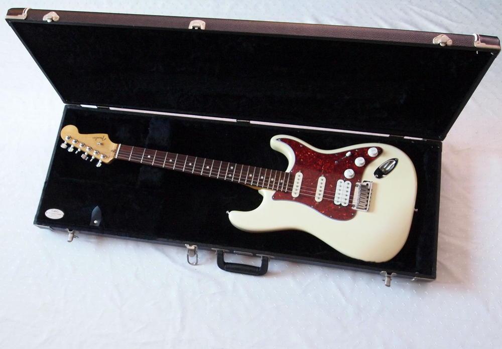 fender-american-deluxe-stratocaster-ssh-1.jpg