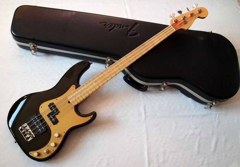 Fender_PB_DX_1.jpg