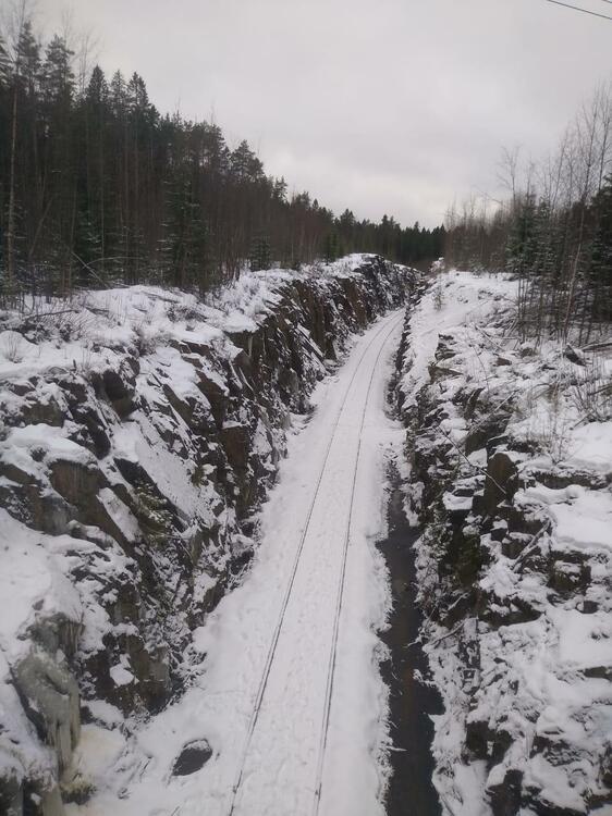 railroad.thumb.jpg.af6b48b16473d4e170afa56ca172f689.jpg