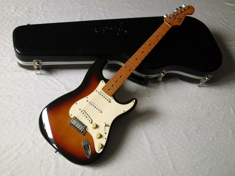 fender-stratocaster-american-standard1987-1.jpg