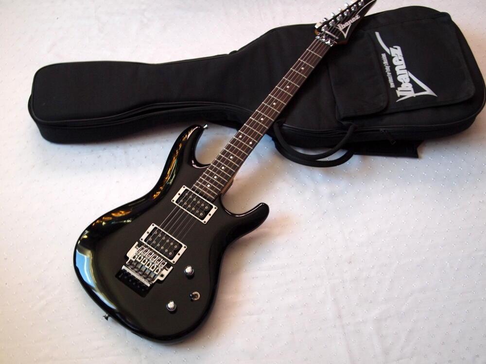 Ibanez-JS1-Satriani.jpg
