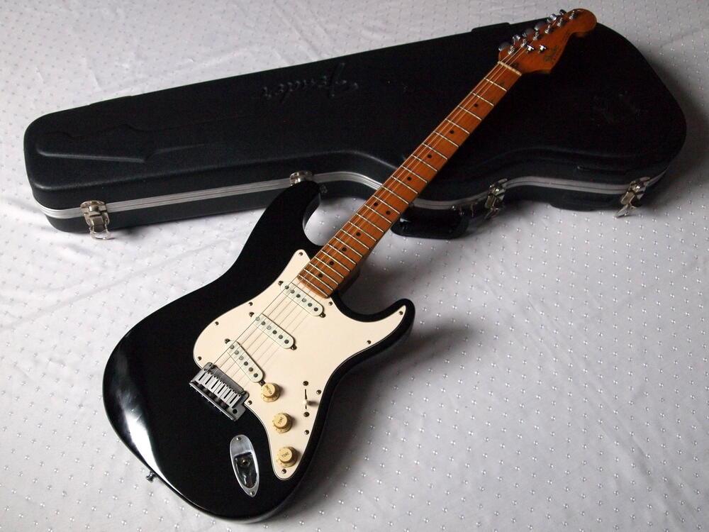 Fender-strat-1989.jpg