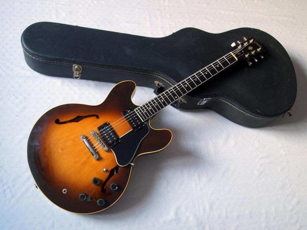 Gibson-ES335-Pro-1981.jpg